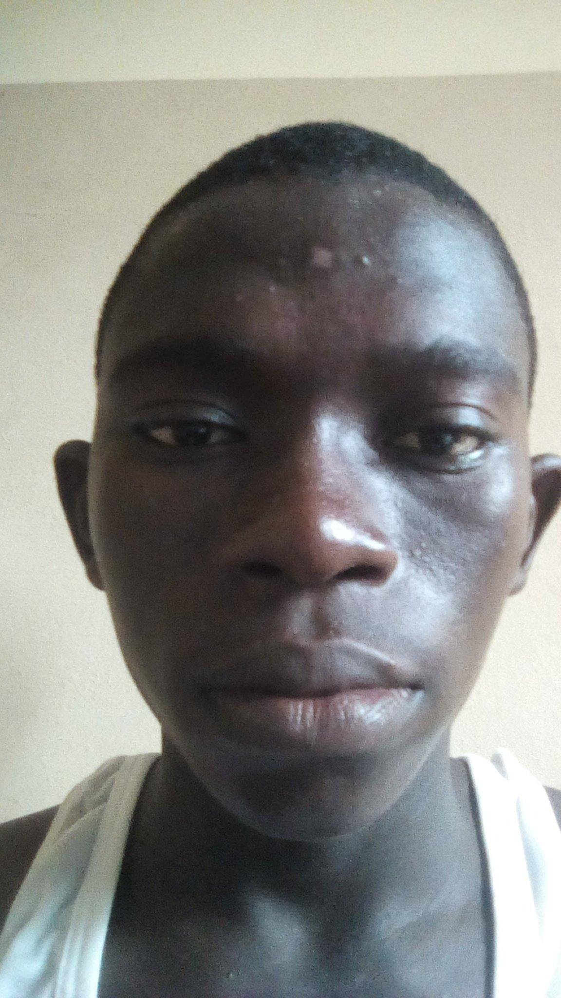 LG Mojeeb  Titilayo Applymedulla