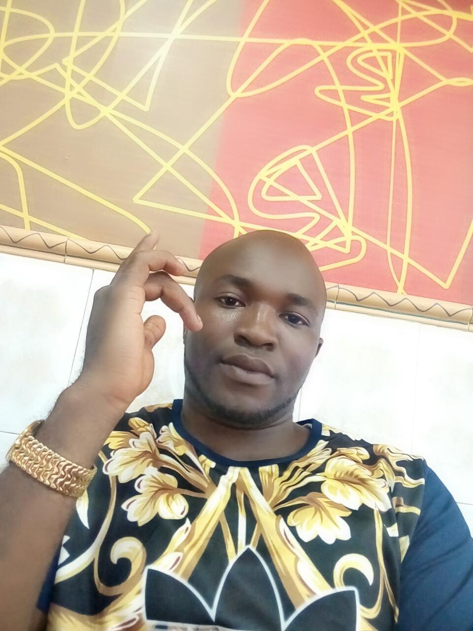 Ayodele Osibamowo