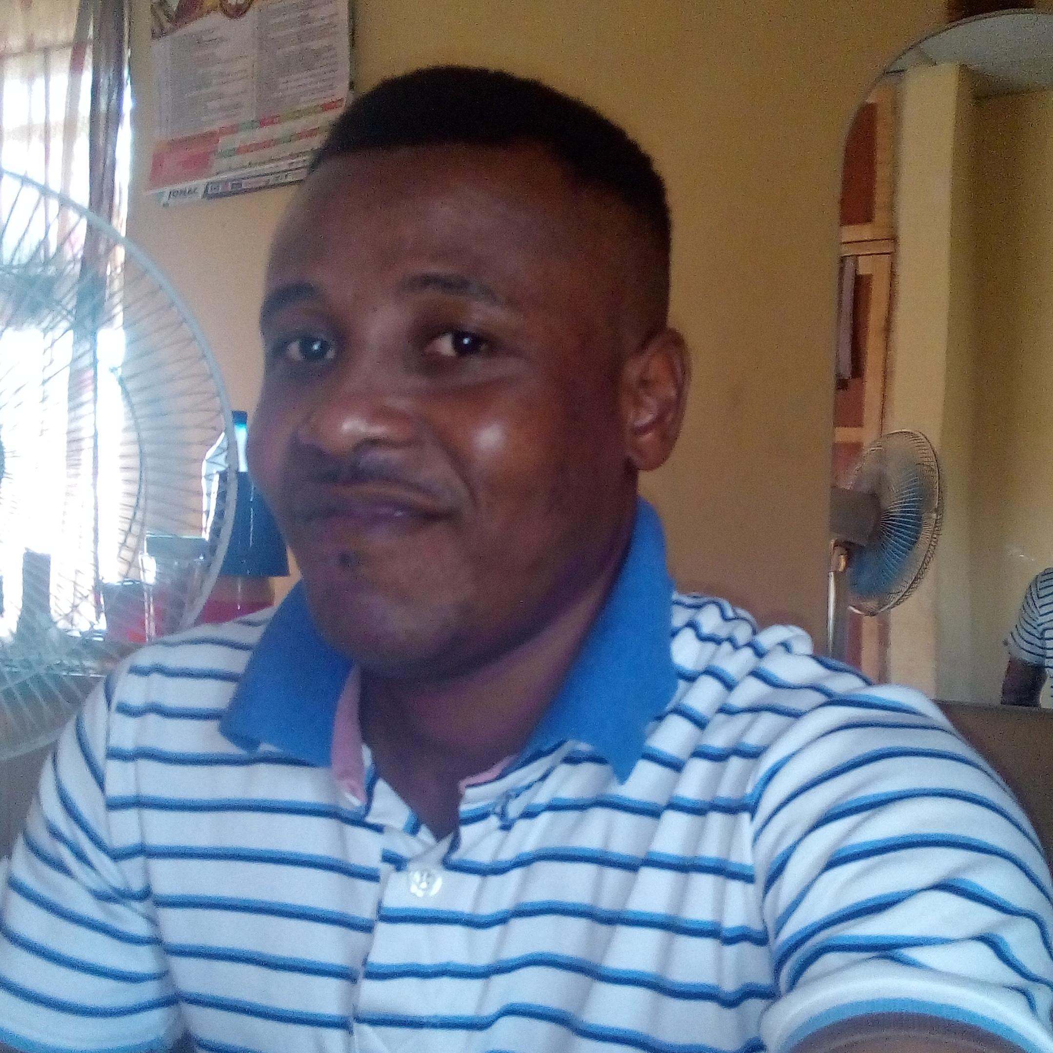 Oluwole David Adekanbi