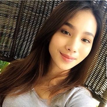 Putri Tan
